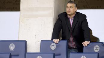 Két magyar milliárdos magángépe közeledik London felé, melyiken ül Orbán?