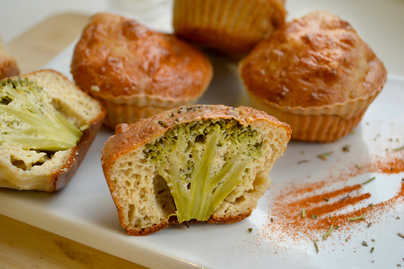 Gluténmentes, brokkolis muffin sok sajttal: ez a finom nass nem hizlal