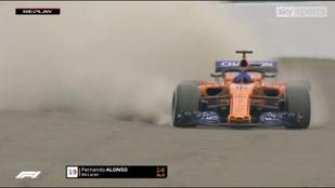Hamilton frászt kapott, Alonso nagyot fogott