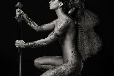 De Réka maga is gyakran fotóz meztelen nőket.