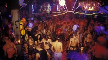 Nagy buli után nagy ijedség a berlini szexklubban
