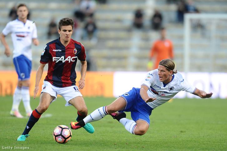 Nagy Ádám és Dennis Praet a Bologna - UC Sampdoria mérkőzésen 2016. szeptember 21-én.