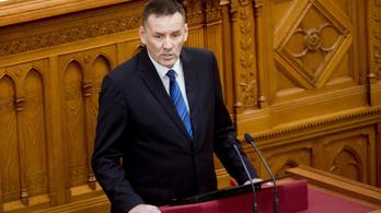 A Jobbik frakciójából kizárt Volner nem adja vissza mandátumát