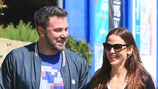 Ben Affleck és Jennifer Garner hivatalosan is elváltak