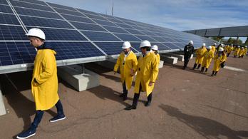 Felavatták az első napelemfarmot Csernobilban