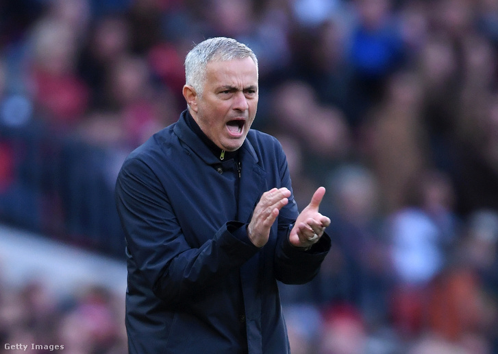 Jose Mourinho a Newcastle elleni meccsen.