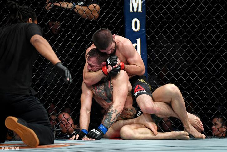 2018-10-07T053507Z 740632313 NOCID RTRMADP 3 MMA-UFC-229-NURMAGO