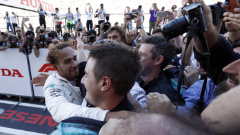 Hamilton-győzelem és Vettel-dráma Japánban