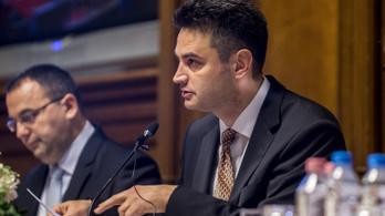 Márki-Zay Péter: A képviselőtestület oszlassa fel magát, és legyen új választás