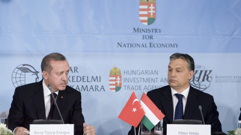 Illiberális török barátját fogadja Orbán