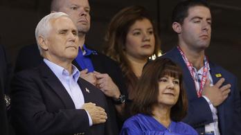 90 millióba került, hogy az amerikai alelnök ne nézzen meg egy NFL-meccset