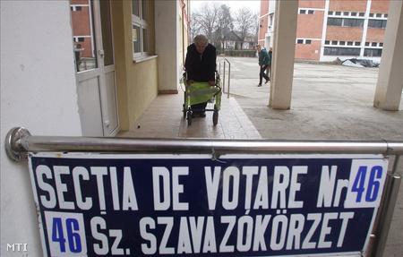 Székelyudvarhely, a romániai elnökválasztás második fordulójában (Fotó: Haáz Sándor)