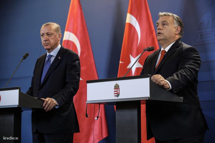 Orbán Viktor miniszterelnök és Recep Tayyip Erdogan Törökország elnöke