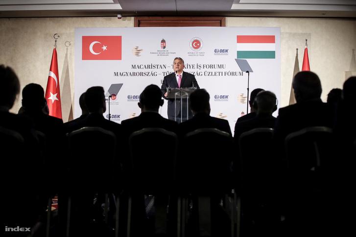 Orbán Viktor a Magyar Nemzeti Kereskedőház Magyarország-Törökország Üzleti Fórumán 2018. október 9-én