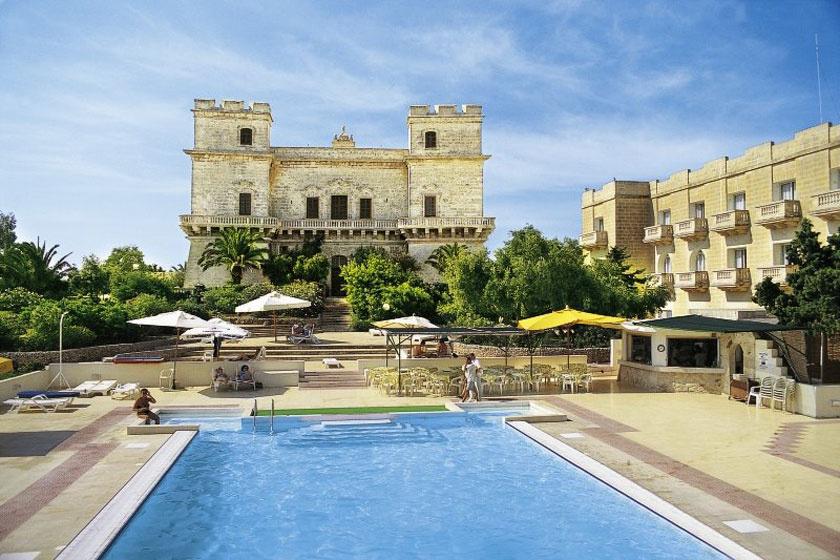 Ez ám a luxus - A TV2 szerelmespárjai fényűző palotában lazítottak Máltán