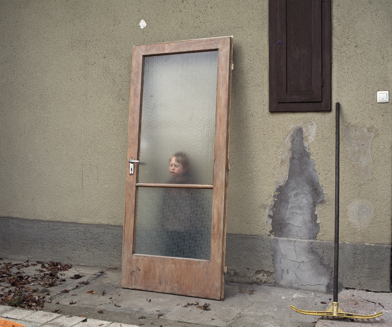 Momó ajtóval / Közép-közép / 2005-2011 (Nagyképünk itt)