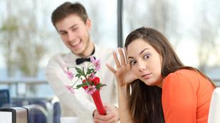 Több fiút ér erőszak az első randin, mint amennyi lányt