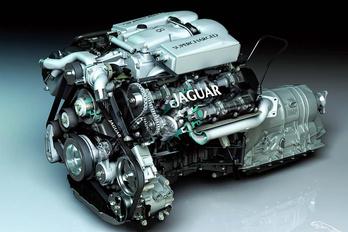 Alig maradt motor a nagyobb Jaguar-Land Roverekben