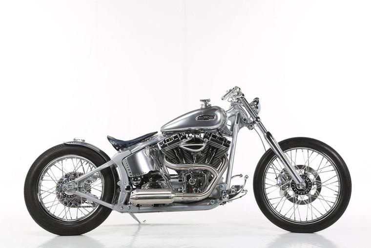 A Modified Harley-Davidson kategória győztese ez a 1450 köbcentis, 2001-es Softail Deuce lett, melyet Julian von Oheimb (One Way Machine) épített