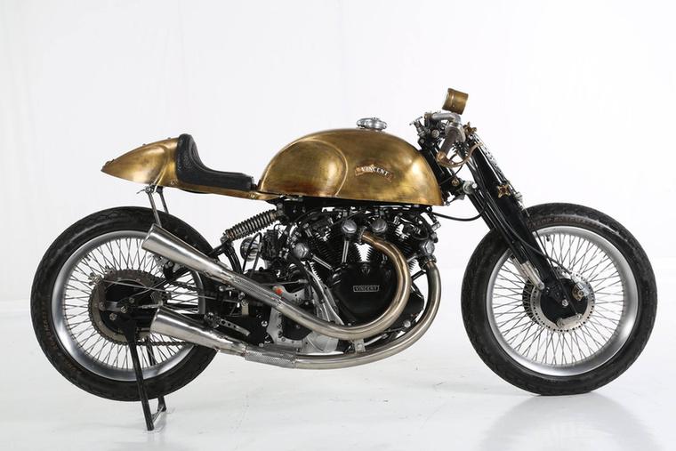 A Café Racer kategória harmadik helyezettje lett a PDF Motociclette műhely ezzel az átépített Vincenttel