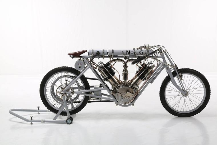 A Freestyle negyedik helye Pavel Malanik motorja, a 'Beast of Brooklands' lett, Csehországból