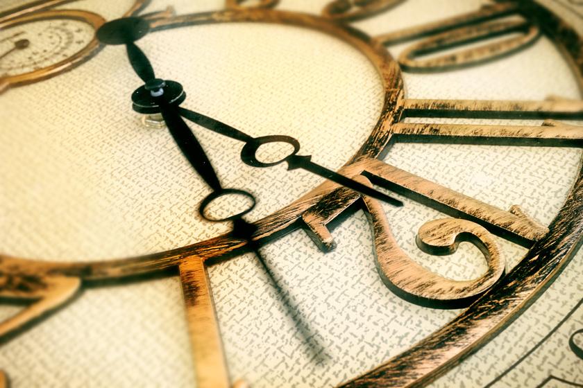 Tudományosan magyarázzák, miért tudna visszafelé haladni az idő: nem lehetetlen