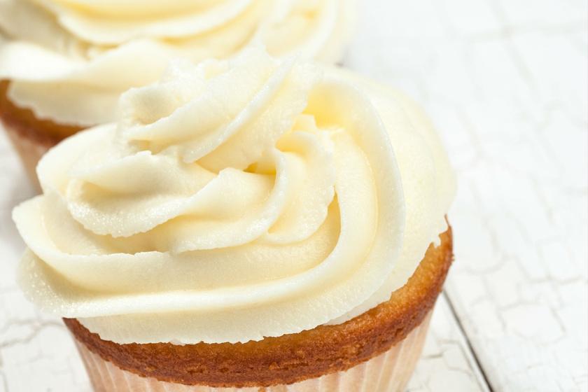 Könnyed, házi vajkrém sütikbe: tökéletes töltelék vagy máz