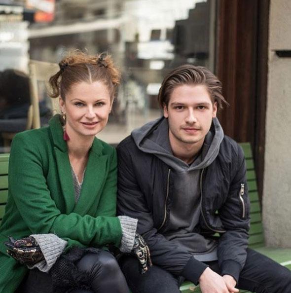 Ullmann Mónika nagyon büszke 22 éves fiára, Miller Dávidra, aki a szülei nyomdokába lépett.