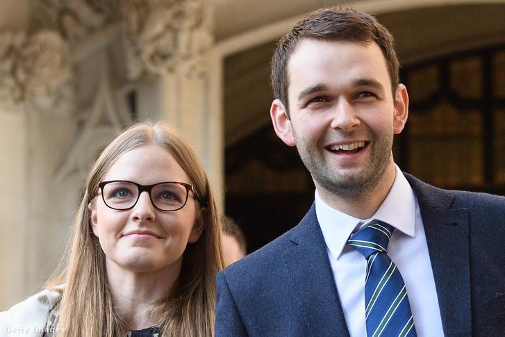Amy és Daniel McArthur a pékség tulajdonosai, miután megnyerték a pert Gareth Lee ellenében. London, 2018. október 10-én