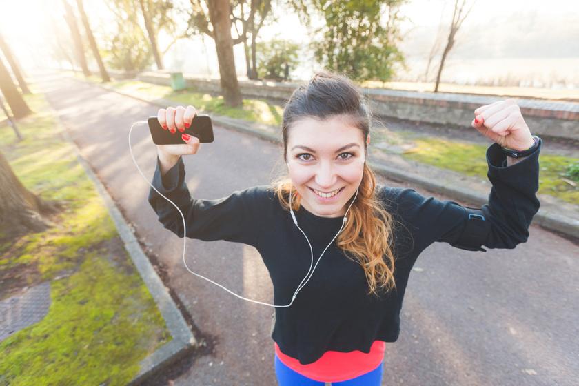 A rendszeres testmozgás kiváló stresszoldó hatása tudományosan bizonyított. Csökkenti a kortizol, növeli az endorfin szintjét. Javítja az alvásminőséget, és kis mennyiség esetén is védi a mentális egészséget.