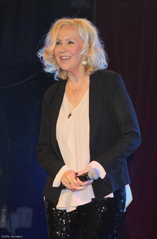 És amíg ön Agnetha Fältskog 2013-as fotóját nézegeti fél szemmel, addig hadd emlékeztessük önt, hogy az ABBA nagy visszatérésre készül