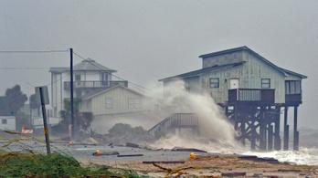 Már áldozata is van a Floridára lecsapó hurrikánnak