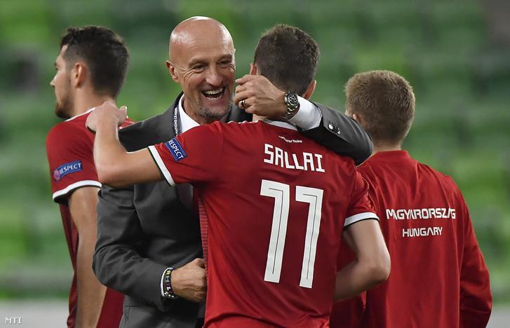 Marco Rossi szövetségi kapitány és Sallai Roland a labdarúgó Nemzetek Ligájában játszott Magyarország - Görögország mérkőzés végén a Groupama Arénában 2018. szeptember 11-én.