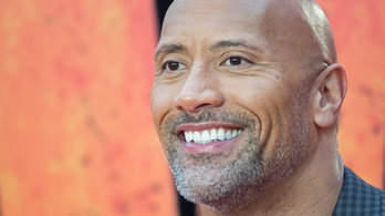 Dwayne Johnson lenyomja a gőzgépet is