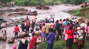 Szörnyű tragédia: óriási sziklák zuhantak Bududára