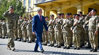 Átalakítják a Magyar Honvédséget, Fehérváron lesz a központ