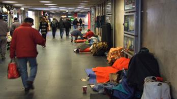 Hajléktalangondozással foglalkozó civilszervezeteket kezdett el ellenőrizni az ÁSZ