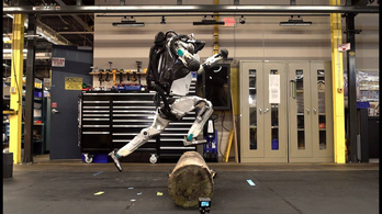 Akadályfutásban is profi Atlas, a Boston Dynamics robotja