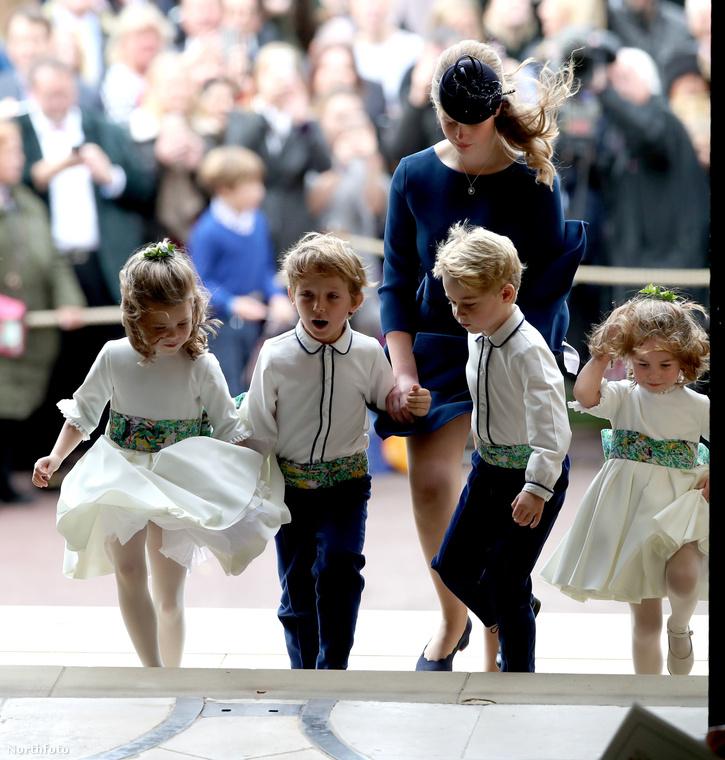 A másik pedig, ahogy azt illik, Katalin hercegné és Vilmos herceg kislánya, Sarolta hercegnő