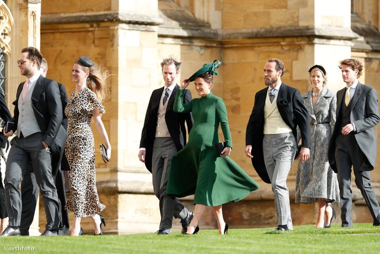 Mielőtt továbbmennénk, és felsorolnánk a hírességeket, akiket észrevettünk, tekintse meg Katalin hercegné húgát, a nagyonterhes Pippa Middletont és férjét, James Matthews-t