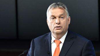 Orbán Viktor díjat adott át a Market Építőnek, Garancsi István cégének