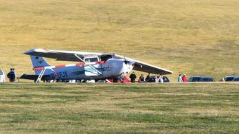 Leszállás közben a tömegbe csapódott egy kisrepülőgép Németországban, hárman meghaltak