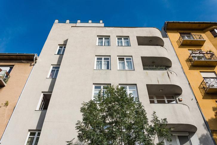 Jávor Pál / Kékgolyó utca 10.