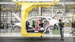 Kínai autópiac: itt a növekedés vége