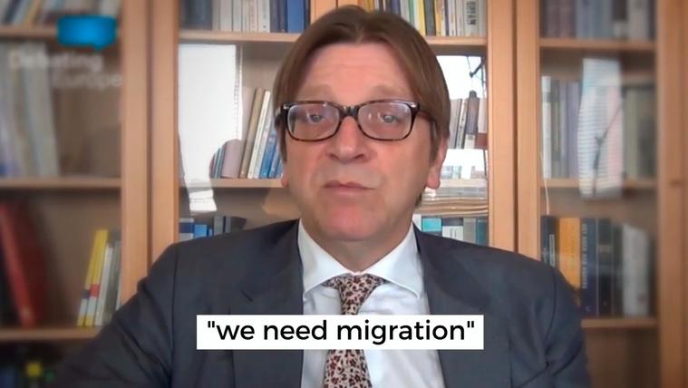 Még az európai közvéleményt is manipulációval akarja megnyerni magának az Orbán-kormány