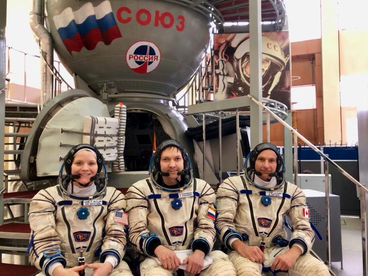 Anne McClain (NASA), Oleg Kononyenko (Roscosmos) és David Saint-Jacques (CSA)