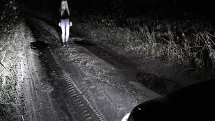 Az alvó túrázók vérére hajt az egylábú szellem, akit végre sikerült levideózni