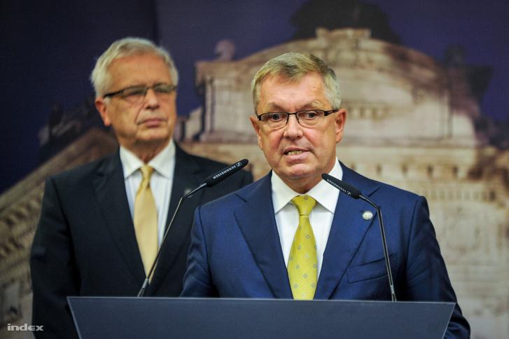 Matolcsy György, a Magyar Nemzeti Bank elnöke a bejelntésen
