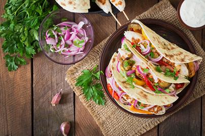 lilahagyma-taco