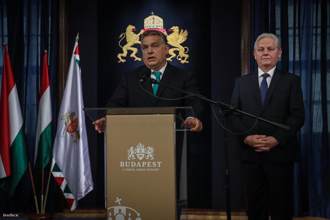 Orbán Viktor és Tarlós István a megbeszélésüket követően tartott sajtótájékoztatón a Főpolgármesteri Hivatalban 2018. október 10-én.